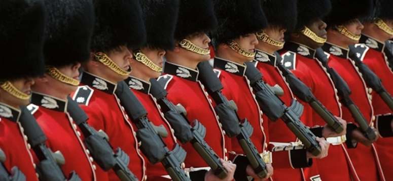 Queen's Guard plays 'Game of Thrones' theme song