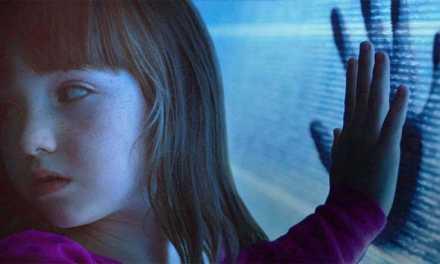 The <em>Poltergeist</em> reboot trailer looks AMAZING!