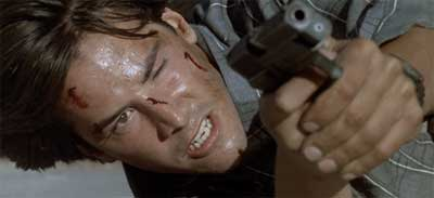 Point-Break-Keanu-Reeves-Gun