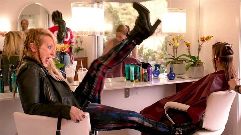 Ricki-and-the-Flash-Meryl-Streep-Kick