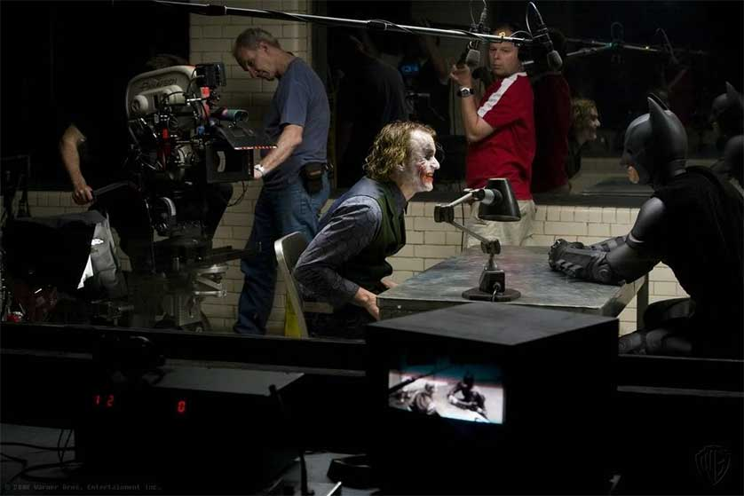 The-Dark-Knight-Batman-Joker-Heath-Ledger