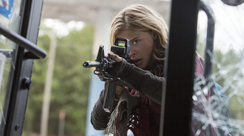 """Review: """"The Fifth Wave"""" Is A Fun But Choppy Ride"""