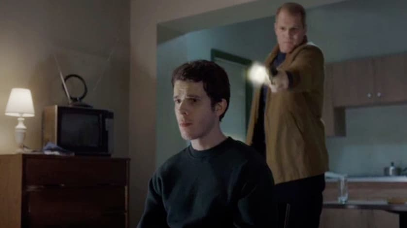 The Americans - Safe House - Stan Beeman - Gun - Noah Emmerich - FilmFad - Interview