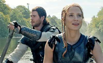 huntsman-winters-war-hemsworth-chastain