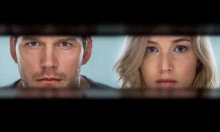Review: 'Passengers' Is A Fun Ride Despite Rotten Tomatoes Pompous Consensus