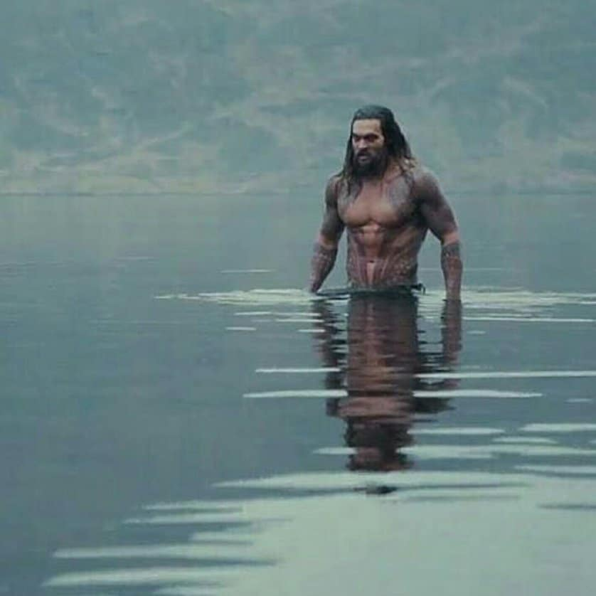 "Unseen Jason Momoa Aquaman Pictures from ""Justice League"""