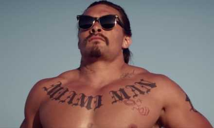 "Keanu Reeves & Jason Momoa Get Bloody Weird In ""The Bad Batch"" Trailer"