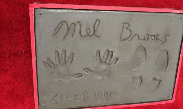 Mel Brooks leaves 11-finger handprints outside Hollywood Chinese Theater