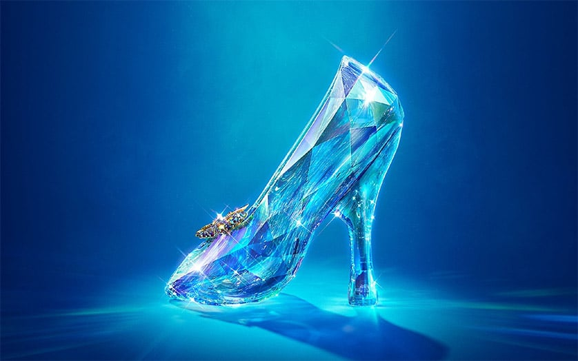 <em>Cinderella</em> International Trailer reveals film's flipside