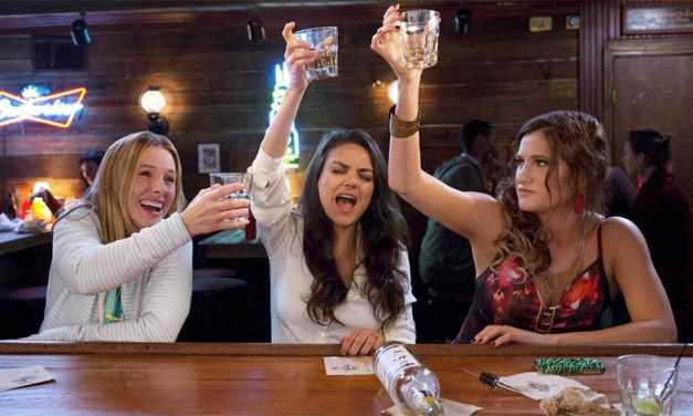 Review: 'Bad Moms' Is Simple But Fun Parental Humor